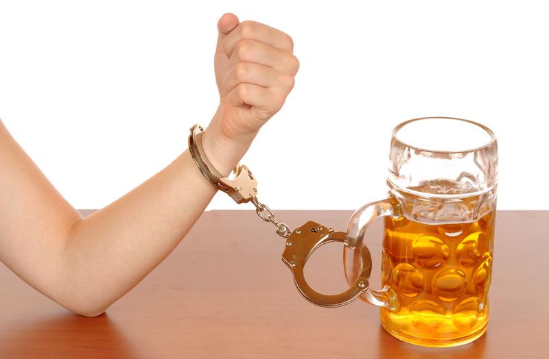 10 1 Пивной алкоголизм: чем опасен?