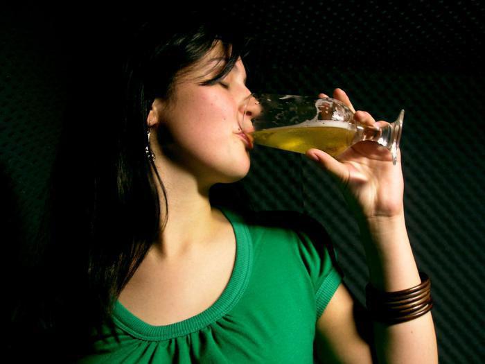 12 8 Как бросить пить пиво каждый день женщине?