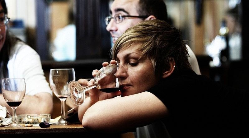 8 10 Женский алкоголизм: симптомы и признаки