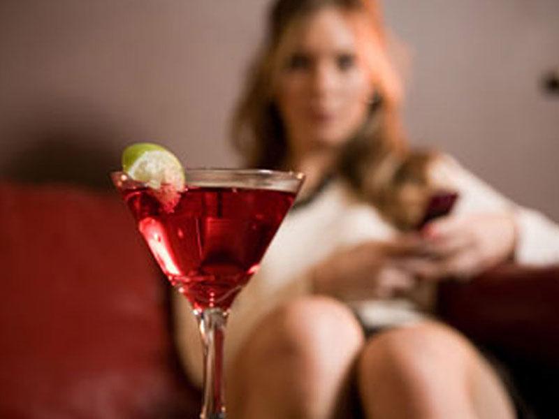 8 9 Женский алкоголизм: симптомы и признаки