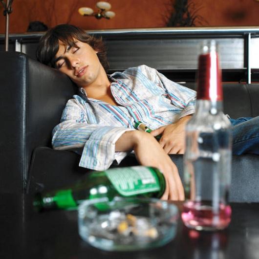 wsfl passed out 20130405 Причины алкоголизма: как начинают пить?