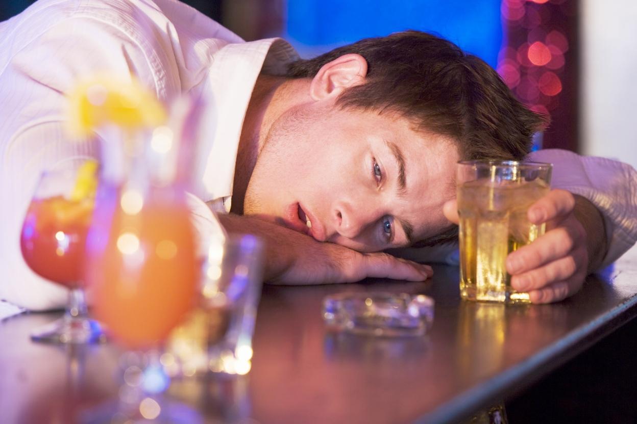 98 Алкогольная интоксикация после длительного запоя