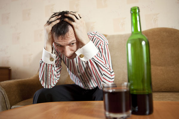 Fotolia 48910465 Subscription Monthly M Как вести себя с алкоголиком: советы знающих