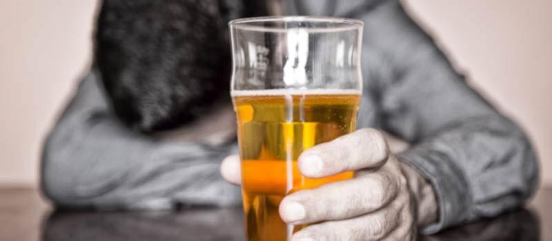10 10 Пивной алкоголизм: чем опасен?