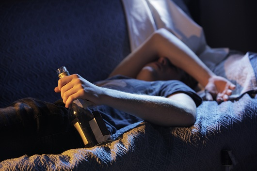 binge4mindy Психология алкоголизма: расформирование личности